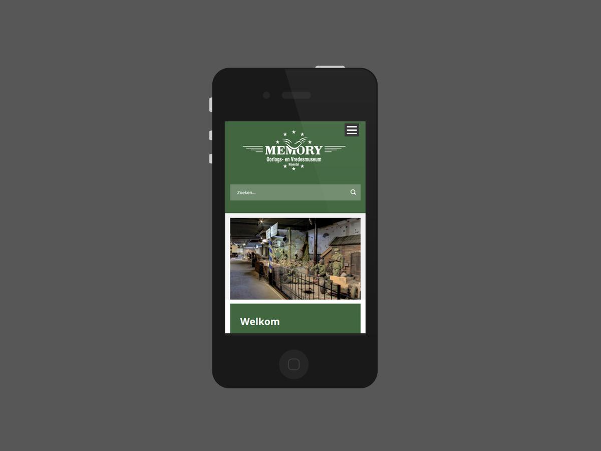 Website-design-memory-museum-nijverdal-mobiel.jpg